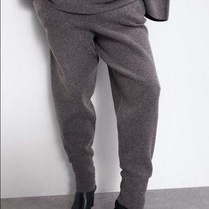 Knit Jogging trousers from Zara